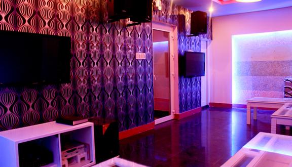 Hà Vy 3 Karaoke