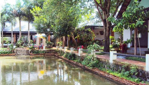Hồ Câu Sân Vườn Phi Long