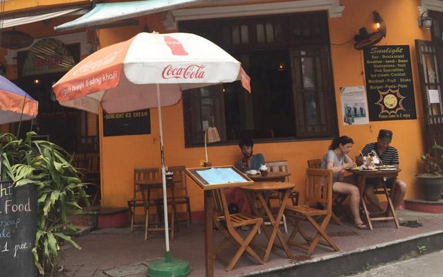 Sunlight - Bar & Restaurant