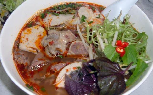 Bún Bò Huế - Diệp Minh Châu