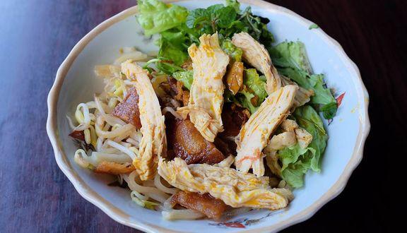 Trung Bắc Restaurant - Cao Lầu & Bánh Vạc