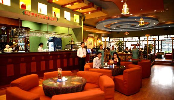 Lucky Restaurant & Coffee