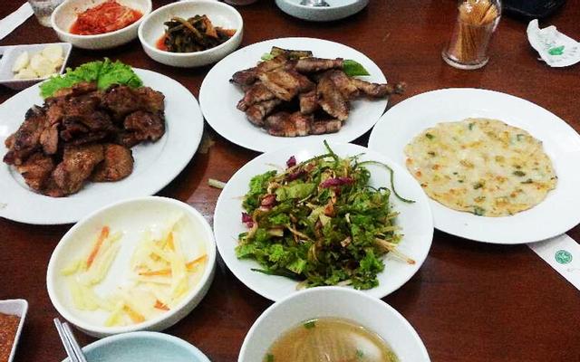 Nhà Hàng Hàn Quốc Lee Cho - Hưng Phước 2