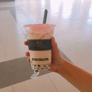 Hồng trà sữa size M