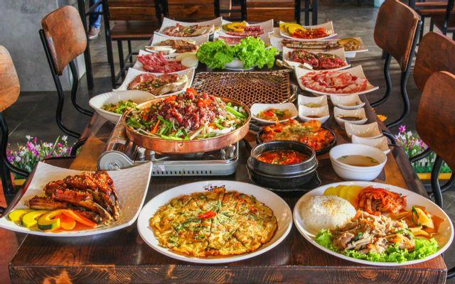 Yuk Hae Gong - BBQ Hàn Quốc