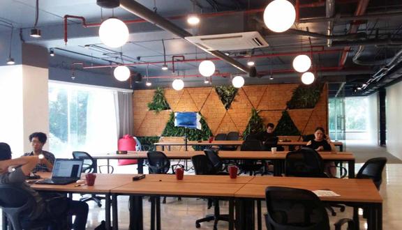 TOONG Coworking Space - Hoàng Đạo Thúy