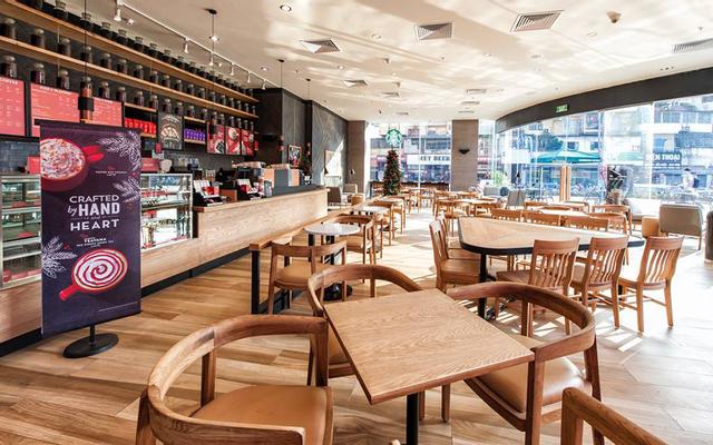Starbucks Coffee - Phạm Ngọc Thạch
