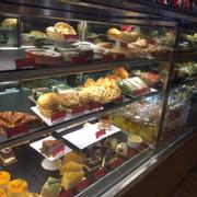 Tủ bánh siêu đẹp