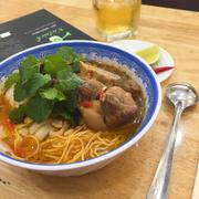 Món mỳ Quảng Phan Thiết thơm ngon beo béo