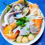 Tô bún chỉ 25k nhưng đầy đủ, tôm cua cá mực thịt nghêu
