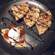 Waffle + vanilla ice cream