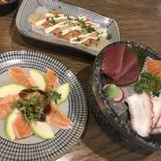 Sashimi tươi ngon hiiiii