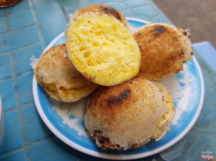 Bánh Căn Bình Dân ở Khánh Hoà