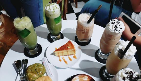 Cô Ba Cafe