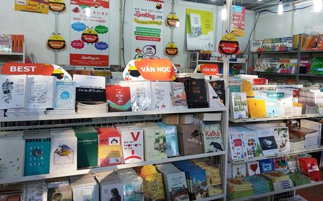 Nhà Sách Tân Văn