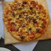 Pizza nhiều loại nhưng chỉ có 1 cỡ duy nhất