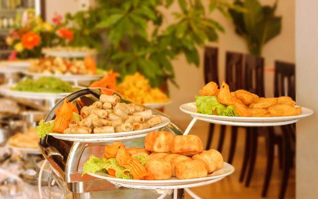 Trường Tiền Cafe & Restaurant