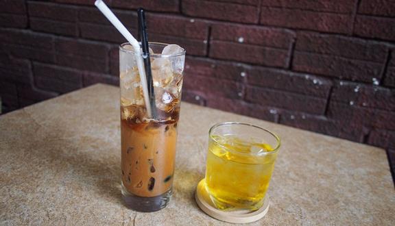 Cây Sung Cafe - Âu Cơ