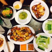 Khi ăn tại quán