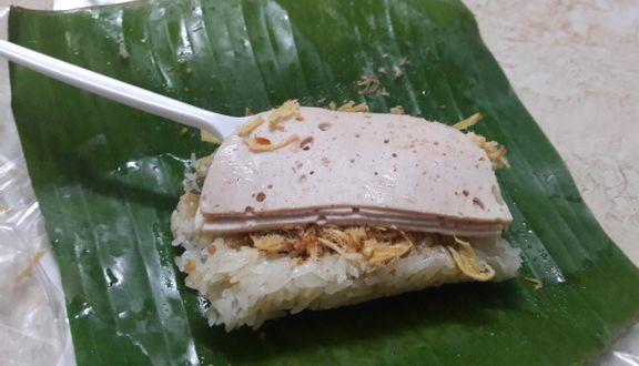 Chị Hà - Xôi Nén & Bánh Dày Giò