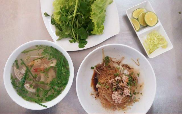 Hủ Tiếu Nam Vang - Lê Thị Hồng Gấm