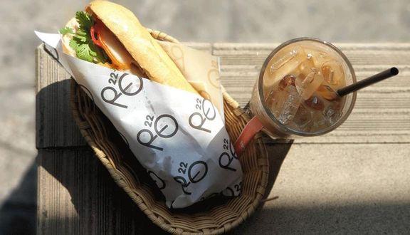 Ro22 - Cafe & Bánh Mì Phở - Phạm Ngọc Thạch