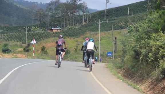 Kết quả hình ảnh cho Vietnam bike tour nha trang