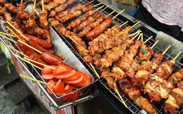 Sơn Hiền - Bánh Mì Thịt Xiên
