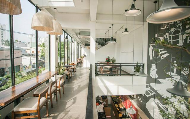 The Coffee House - Lũy Bán Bích
