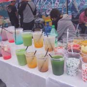 Nhiều loại nước của hội chợ