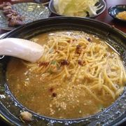 Creamy, gooey, salty, spicy. Delicious curry ramen with ground pork and melted cheese
