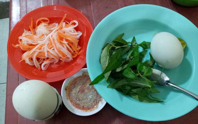 Bún Riêu & Hột Vịt Lộn