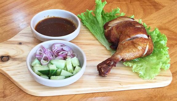 Nhà Hàng Yummy Thai