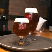 Craft bia hay còn gọi là bia thủ công, ở đây có đủ mọi loại bia của Heart Of Darkness