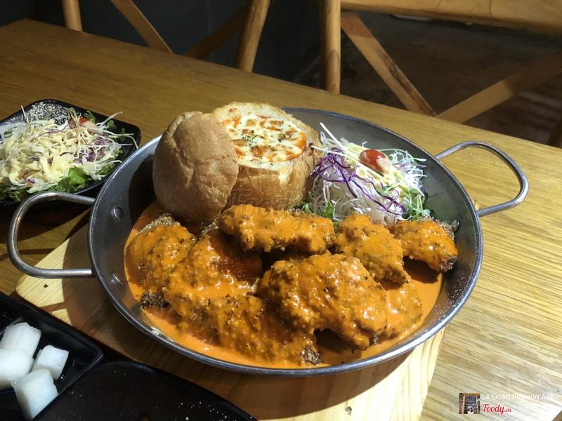 Gà gạo lức sốt cà ri