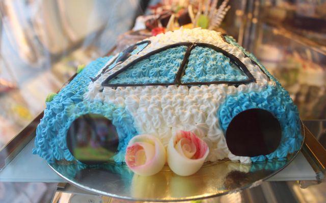 Hữu Nghị Bakery - Đền Lừ