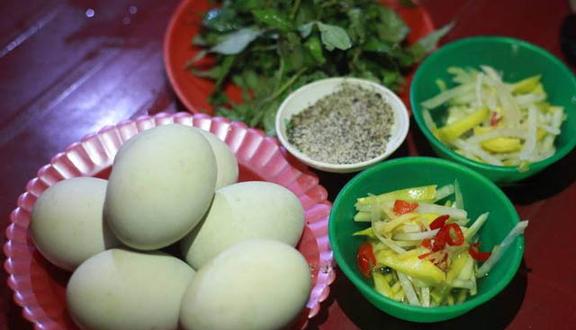 Image result for trứng vịt lộn