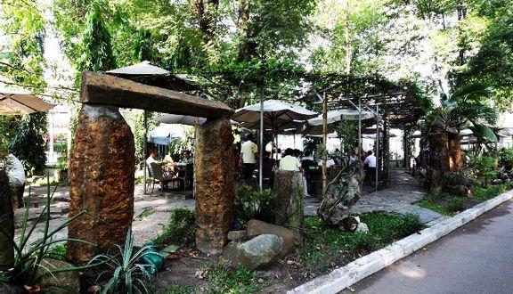 30/4 Cafe & Restaurant