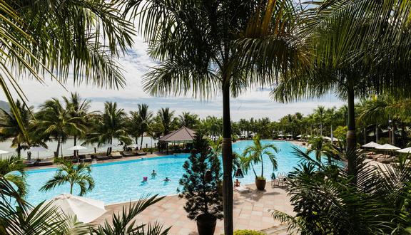 Diamond Bay Resort & Spa - Nguyễn Tất Thành