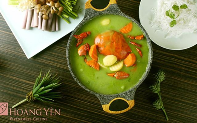 Hoàng Yến Vietnamese Cuisine - Hồ Bán Nguyệt