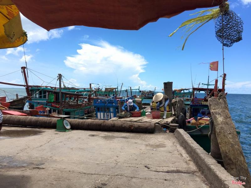 làng chài Hàm Ninh
