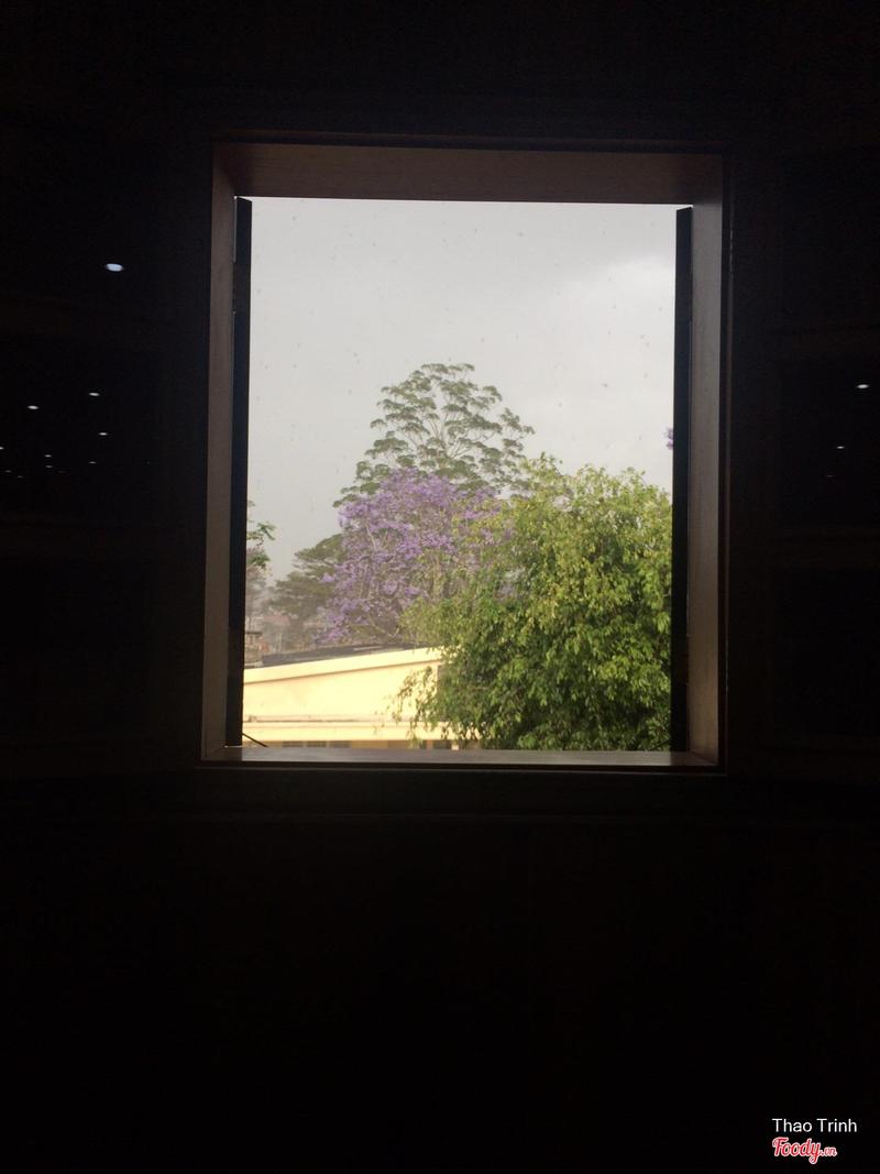 View nhìn từ phòng học