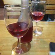 Lần đầu tiên tui được uống rượu Phúc Bồn Tử, ăn với đồ nướng trong buổi tối lành lạnh ở Đà Lạt ----->> quá tuyệt!!!