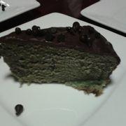bánh trà xanh phủ socola