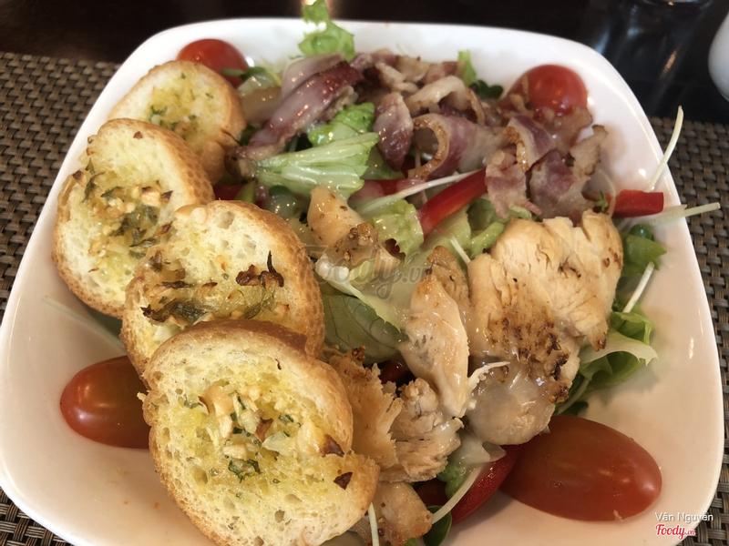 Salad gà + bacon
