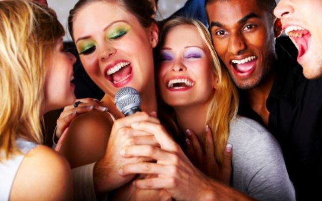 Trúc Xanh Karaoke