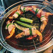 thịt xông khói cuộn tôm