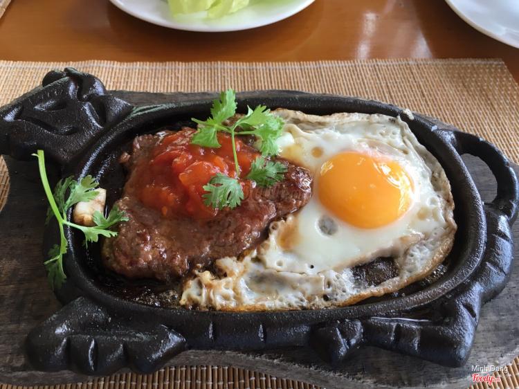 Sandals Restaurant - Mia Resort ở Khánh Hoà