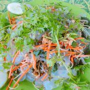 Gỏi sứa - 150k, sứa nhiều, nhưng không thấm gia vị lắm, theo mình thấy thì nên ăn để biết chứ không ngon lắm.