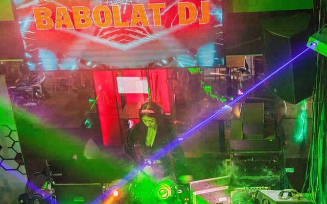 Babolat Cafe